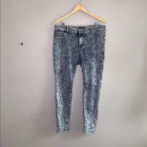 Forever 21 Acid Wash Skinny Stretch Jeans 18